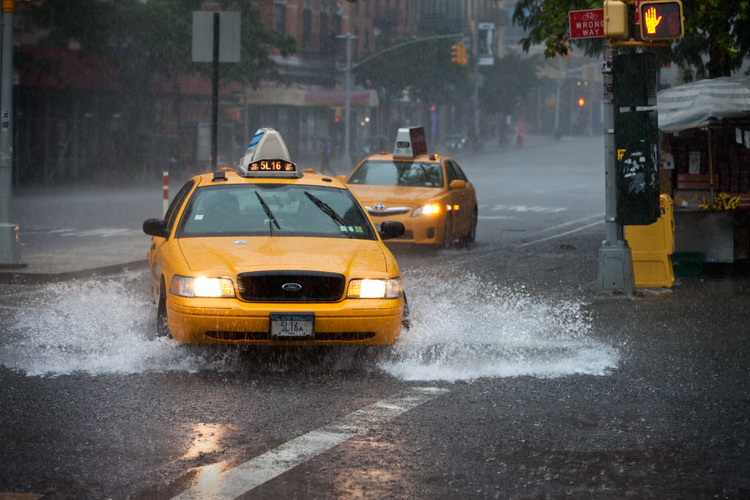 Severe Storms and Flash Flooding Warnings All the Way : NYC : USA