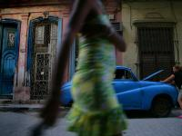 The Beauty  and the Broken down Car : Havana : Cuba