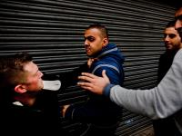 Tommy Robinson Attacked : Luton : UK