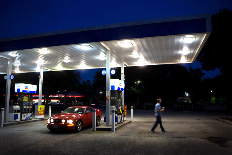 Refueling Matt and the Beast :  Gas Station U.S. 1 Ormond Beach : Florida USA
